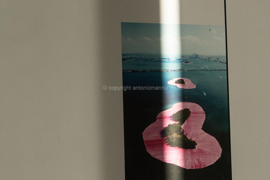 Parigi 7 agosto 2020. In viaggio verso la Bretagna e il Supertramp. Centre Pompidou, esposizione Christo et Jeannne-Claude:  isole rosa a Miami.