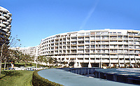 Paris: Creteil--cylindrical and serpentine apartments.