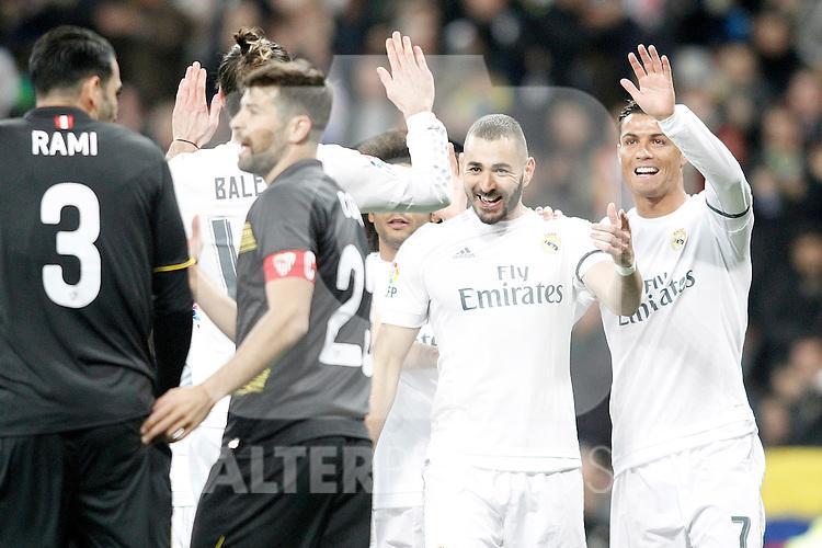 Real Madrid's Gareth Bale, Karim Benzema and Karim Benzema celebrate goal during La Liga match. March 20,2016. (ALTERPHOTOS/Acero)