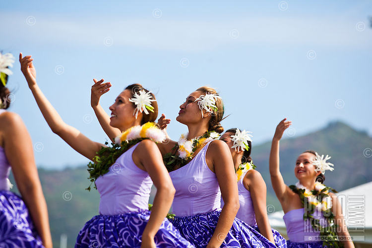 The women of Halau Na Hula o Kaohikukapulani at the 2011 Kauai Polynesian Festival