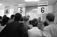 - Milano, gli uffici del Distretto Militare (settembre 1986)<br /> <br /> - Milan, the military district offices (September 1986)