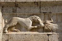 Italien, Umbrien, romanische Kirche San Pietro fuori le Mura in Spoleto, Detail der Fassade, 13.Jh.