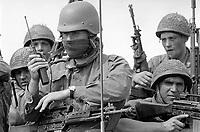 - Esercitazione NATO AMF (Allied Mobile Force) in Puglia, maggio 1993; militari italiani<br /> <br /> - NATO AMF (Allied Mobile Force) exercise in Puglia, May 1993; Italian soldiers
