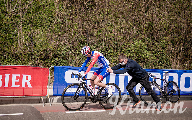 David Gaudu (FRA/Groupama - FDJ) pushed up the Cauberg after a mechanical<br /> <br /> 55th Amstel Gold Race 2021 (1.UWT)<br /> 1 day race from Valkenburg to Berg en Terblijt; raced on closed circuit (NED/217km)<br /> <br /> ©kramon