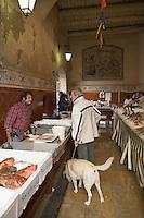 Europe/Provence-Alpes-Côte d'Azur/83/Var/Saint-Tropez: Le Marché aux Poissons - Etal des pêcheurs