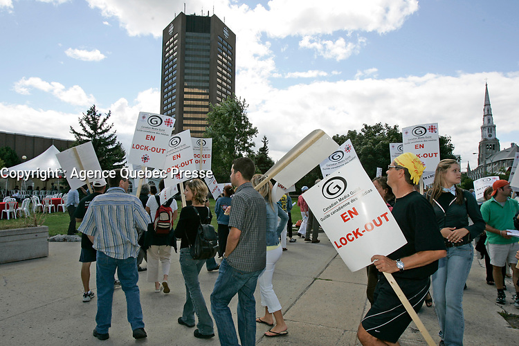 Lock Out a Radio Canada, Aout 2005<br /> <br /> PHOTO : Agence Quebec Prese