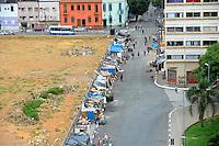 SAO PAULO, SP, 05.01.2014. (Barraco Cracolandi) Favela está se formando bem ao lado da Praça Júlio Prestes. Segundo os moradores da região, as casas improvisadas são levantadas pelos próprios usuários de droga. A Prefeitura de São Paulo disse que trabalha em conjunto com o governo de estado para remover sem violência, as barracas da chamada 'favelinha' da região da Cracolândia (Foto: Adriano Lima / Brazil Photo Press).