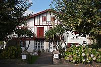 Europe/France/Aquitaine/64/Pyrénées-Atlantiques/Pays-Basque/Ainhoa:  Hôtel de charme et un restaurant gastronomique: Ithurria