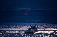 Europe/France/Ile-de-France/78/Yvelines/Conflans-Sainte-Honorine:    Capitale française de la Batellerie - Péniche sur la Seine<br /> PHOTO D'ARCHIVES // ARCHIVAL IMAGES<br /> FRANCE 1980