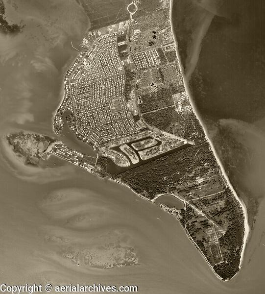 aerial photograph Key Biscayne, Florida, 1961