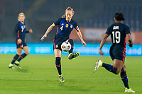 BREDA, NETHERLANDS - NOVEMBER 27: Becky Sauerbrunn #4 of the USWNT passes the ball during a game between Netherlands and USWNT at Rat Verlegh Stadion on November 27, 2020 in Breda, Netherlands.