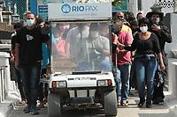 20/06/2021 - JOVEM MORTO POR BALA PERDIDA É ENTERRADO NO RIO