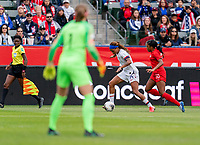 CARSON, CA - FEBRUARY 9: Jess McDonald #14 of the United States sprints past Ashley Lawerance #10 of Canada during a game between Canada and USWNT at Dignity Health Sports Park on February 9, 2020 in Carson, California.