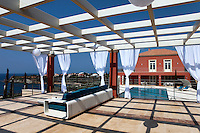 luxury contemporary terrace