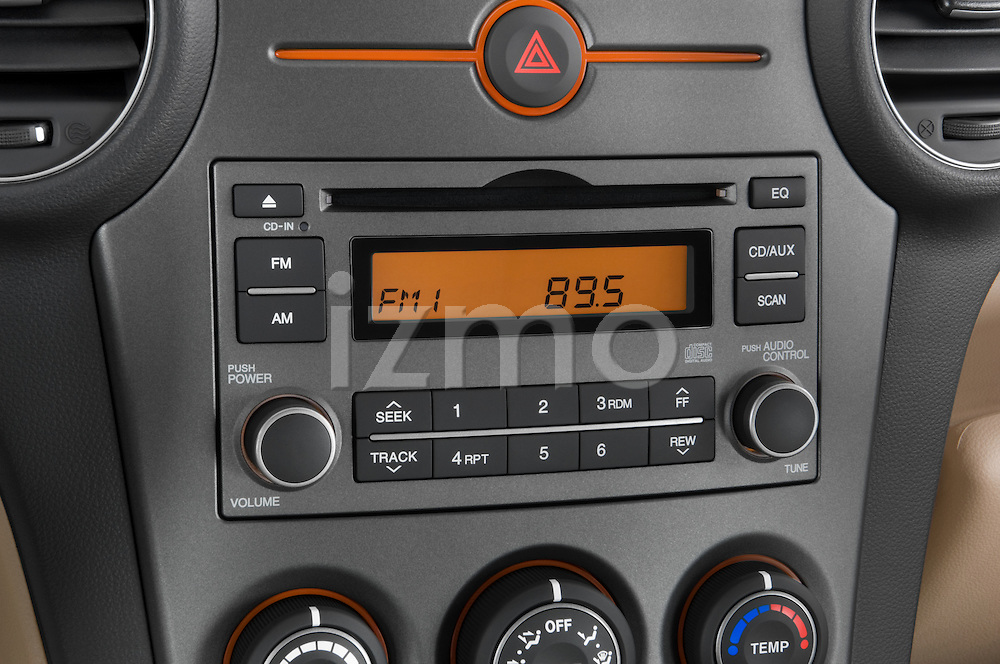 Stereo audio system close up detail view of a 2008 Kia Rondo EX V6