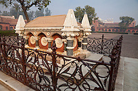 Agra, India.  Agra Fort.  Grave of John Russell Colvin, British lieutenant-governor of the Northwestern Provinces, who died during the 1857 Indian uprising.  Courtyard of the Diwan-i-Am.