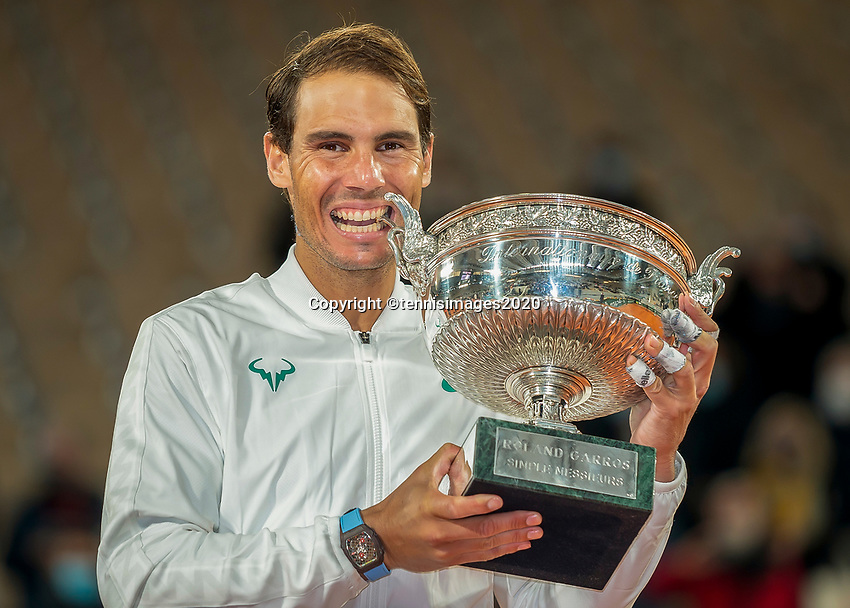 Paris, France, 10 /10/ 2020, Tennis, French Open, Roland Garros,  Men's final:  winner Rafael Nadal (ESP)<br /> Photo: tennisimages.com