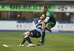 Connacht lock Mike Swift tries to cut inside Blues lock Filo Paulo.<br /> RaboDirect Pro 12<br /> Cardiff Blues v Connacht<br /> Cardiff Arms Park<br /> 13.09.13<br /> <br /> ©Steve Pope-SPORTINGWALES