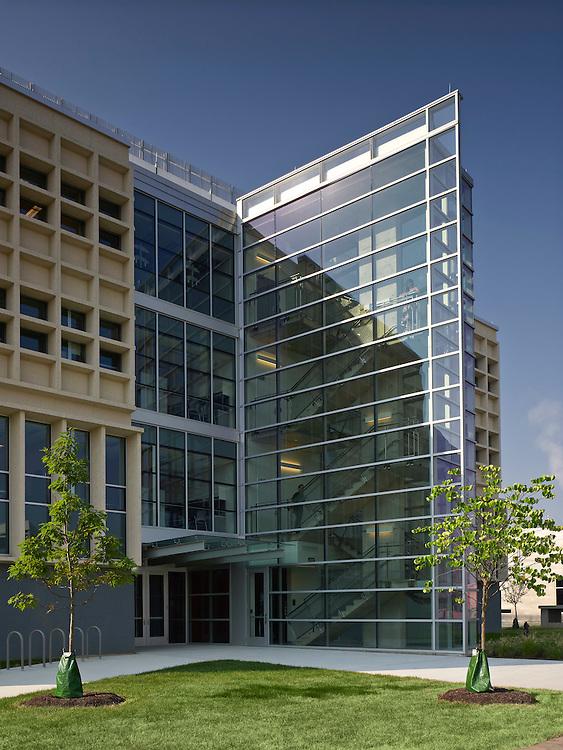 Cunz Hall at the Ohio State University | Architect: Jon Barnes Architecture & Design