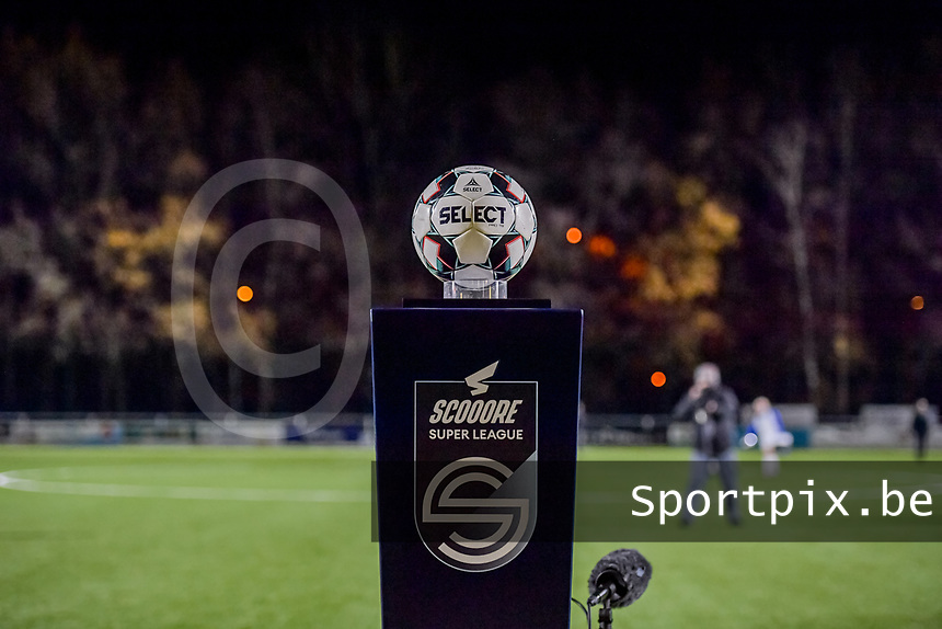matchball pictured before a female soccer game between  Racing Genk Ladies and Club Brugge YLA on the 10 th matchday of the 2020 - 2021 season of Belgian Scooore Womens Super League , friday 18 th of December 2020  in Genk , Belgium . PHOTO SPORTPIX.BE | SPP | STIJN AUDOOREN