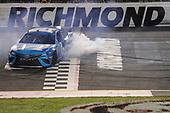 #19: Martin Truex Jr., Joe Gibbs Racing, Toyota Camry Auto Owners Insurance, wins the Toyota Owners 400