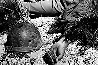How a man died on the way to Maeson Dong.  September 2, 1950.  Sgt. Turnbull. (Army)<br /> NARA FILE #:  111-SC-347826<br /> WAR & CONFLICT BOOK #:  1511