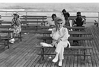 - old people on the waterfront....- anziani  sul lungomare....