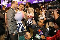TV Azteka mal wieder in Aktion - Super Bowl XLIX Media Day, US Airways Center, Phoenix