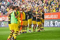 BVB Players celebrate with fans<br /> FC AUGSBURG - BORUSSIA DORTMUND<br /> Football 1. Bundesliga , Augsburg, am 30.09.2017, 7.Match Day, Saison 2017/2018, 1.Liga, 1.Bundesliga,FCA, BVB, <br />  *** Local Caption *** © pixathlon +++ tel. +49 - (040) - 22 63 02 60 - mail: info@pixathlon.de
