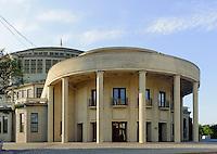 Jahrhunderthalle (Hala Stulecia) erb. 1913 von Max Berg in Wroclaw (Breslau), Woiwodschaft Niederschlesien (Województwo dolnośląskie), Polen, Europa, UNESCO-Weltkulturerbe<br /> Centinial Hall in Wroclaw, Poland, Europe, UNESCO-heritage site