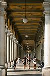 Italien, Piemont, Alessandria: Altstadt - Arkaden   Italy, Piedmont, Alessandria: Old Town - Arcades