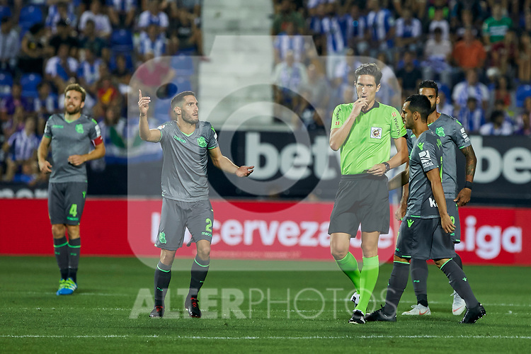 Real Sociedad's Joseba Zaldua have words with the referree during La Liga match. August 24, 2018. (ALTERPHOTOS/A. Perez Meca)