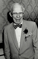 1987 FILE PHOTO - ARCHIVES -<br /> <br /> Fraser MacDougall retired yesterday as executive secretary of the Ontario's Press Council amid glowing tributes to his lifetime of service to journalism<br /> <br /> 1987<br /> <br /> PHOTO :  Erin Comb - Toronto Star Archives - AQP