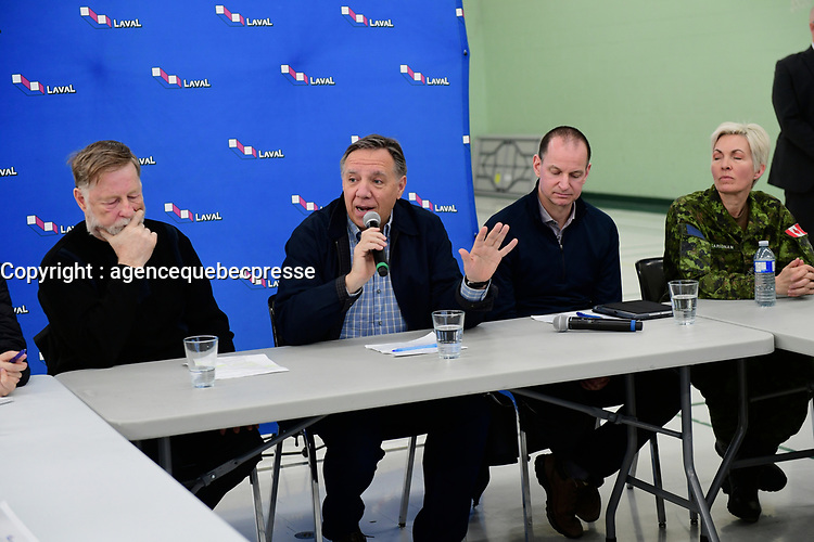 Le Premier Ministre Francois Legault durant les innondations de 2019, a Laval.<br /> <br /> PHOTO : Agence Quebec Presse