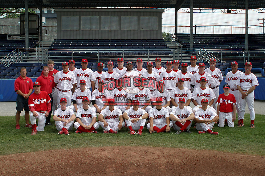 June 27, 2003:  Batavia Muckdogs team photo before a game at Dwyer Stadium in Batavia, New York.  Photo by:  Mike Janes/Four Seam Images
