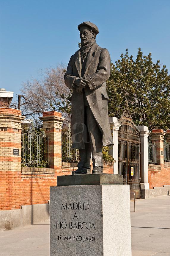 Memorial sculpture of Pio Baroja, a Spanish writer, Retiro Park, Madrid, Spain