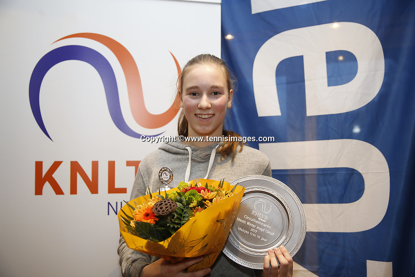 Hilversum, Netherlands, December 3, 2017, Winter Youth Circuit Masters, Winner girls 14 years Anouk Koevermans<br /> Photo: Tennisimages/Henk Koster
