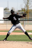 Santo Luis -  Chicago White Sox - 2009 spring training.Photo by:  Bill Mitchell/Four Seam Images
