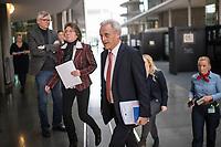 """8. Sitzung des Untersuchungsausschusses """"PKW-Maut"""" des Deutschen Bundestag am Donnerstag den 13. Februar 2020.<br /> Der Ausschuss wurde zur Aufklaerung der Mautvertraege zwischen dem Verkehrsministerium unter Leitung von Andreas Scheuer (CSU) und den Firmen Kapsch und CTS Eventim eingerichtet.<br /> Der Maut-Untersuchungsausschuss soll das Verhalten der Regierung und besonders des Verkehrsministers bei der Vorbereitung und der Vergabe der Betreibervertraege """"umfassend aufklaeren"""".<br /> Als Zeuge fuer die Sitzung war Bundesminister a.D. Dr. Peter Ramsauer (CSU) geladen (rechts im Bild).<br /> 13.2.2020, Berlin<br /> Copyright: Christian-Ditsch.de<br /> [NUR FUER REDAKTIONELLE ZWECKE! Werbung nur auf Anfrage beim Fotografen. Inhaltsveraendernde Manipulation des Fotos nur nach ausdruecklicher Genehmigung des Fotografen. Vereinbarungen ueber Abtretung von Persoenlichkeitsrechten/Model Release der abgebildeten Person/Personen liegen nicht vor. NO MODEL RELEASE! Don't publish without copyright Christian-Ditsch.de, Veroeffentlichung nur mit Fotografennennung, sowie gegen Honorar, MwSt. und Beleg. Konto: I N G - D i B a, IBAN DE58500105175400192269, BIC INGDDEFFXXX, Kontakt: post@christian-ditsch.de<br /> Bei der Bearbeitung der Dateiinformationen darf die Urheberkennzeichnung in den EXIF- und  IPTC-Daten nicht entfernt werden, diese sind in digitalen Medien nach §95c UrhG rechtlich geschuetzt. Der Urhebervermerk wird gemaess §13 UrhG verlangt.]"""