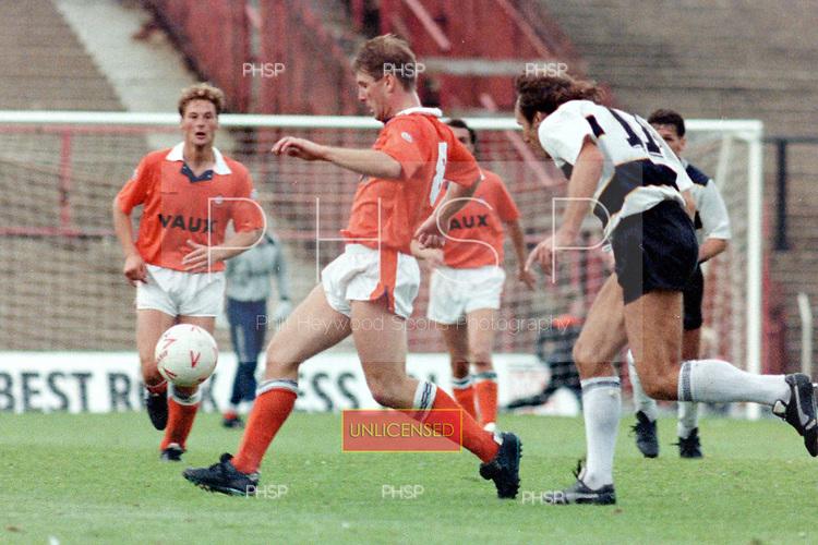 04/091990 Rumbelows Cup, First Round 2nd Leg. Blackpool v Darlington<br /> <br /> Andy Garner