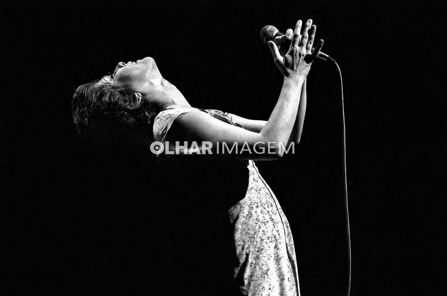 Pessoa. Personalidade. Cantora Elis Regina. SP. 1978. Foto de Juca Martins.