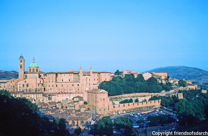 Urbino:  Town Panorama.   Photo  '83.