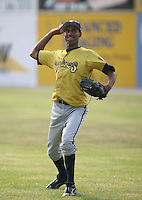 2007:  Ronald Uvideo of the State College Spikes throws in the outfield prior to a game vs. the Batavia Muckdogs in New York-Penn League baseball action.  Photo By Mike Janes/Four Seam Images
