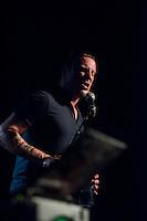 Sleaford Mods spielten am Freitag den 19. Juni 2015 live im Berliner Club SO36.<br /> Sleaford Mods ist ein englisches Post-Punk-/Hip-Hop-Duo aus Nottingham, bestehend aus Saenger/Rapper Jason Williamson (im Bild) und Multiinstrumentalist Andrew Robert Lindsay Fearn.<br /> 19.6.2015, Berlin<br /> Copyright: Christian-Ditsch.de<br /> [Inhaltsveraendernde Manipulation des Fotos nur nach ausdruecklicher Genehmigung des Fotografen. Vereinbarungen ueber Abtretung von Persoenlichkeitsrechten/Model Release der abgebildeten Person/Personen liegen nicht vor. NO MODEL RELEASE! Nur fuer Redaktionelle Zwecke. Don't publish without copyright Christian-Ditsch.de, Veroeffentlichung nur mit Fotografennennung, sowie gegen Honorar, MwSt. und Beleg. Konto: I N G - D i B a, IBAN DE58500105175400192269, BIC INGDDEFFXXX, Kontakt: post@christian-ditsch.de<br /> Bei der Bearbeitung der Dateiinformationen darf die Urheberkennzeichnung in den EXIF- und  IPTC-Daten nicht entfernt werden, diese sind in digitalen Medien nach §95c UrhG rechtlich geschuetzt. Der Urhebervermerk wird gemaess §13 UrhG verlangt.]