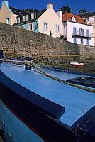 Europe/France/Bretagne/56/Morbihan/Belle-île/Sauzon: Le port de pêche, maisons de pêcheurs et bateaux de pêche à la cale Saint-Nicolas