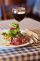 Europe/France/Aquitaine/24/Dordogne/Trémolat:  Salade de topinambours, gésiers confits recette du restaurant: Le Bistrot d'en face