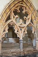 Europe/France/Midi-Pyrénées/46/Lot/Espagnac-Sainte-Eulalie: l'église Notre-Dame-de-Val-Paradis- Tombeau monumental orné de gisant