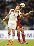 Spain's Cesar Azpilicueta (r) and Germany's Durm during international friendly match.November 18,2014. (ALTERPHOTOS/Acero)