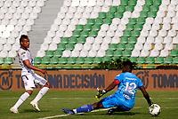 ARMENIA-COLOMBIA, 11–10-2020: Juan Chaverra de Cucuta Deportivo, no puede detener el disparo de Luis Miranda de Cucuta Deportivo, para anotar gol de su equipo, durante partido de la fecha 13 entre Cucuta Deportivo y Deportes Tolima, por la Liga BetPlay DIMAYOR 2020, jugado en el estadio Centenario de la ciudad de Armenia. / Juan Chaverra de Cucuta Deportivo, can´t stop the shoot of Luis Miranda of Deportes Tolima, for scored a goal of his team, during match of 13th date between Cucuta Deportivo and Deportes Tolima, for the BetPlay DIMAYOR League 2020 played at the Centenario stadium in Armenia city. / Photo: VizzorImage / Juan Jose Horta / Cont.