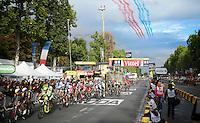 The Patrouille de France salutes the Tour<br /> <br /> stage 21: Sèvres - Champs Elysées (109km)<br /> 2015 Tour de France